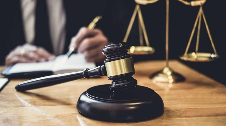 Avukatlar Ne Kadar Kazanır?